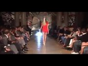Amazing Model Walk