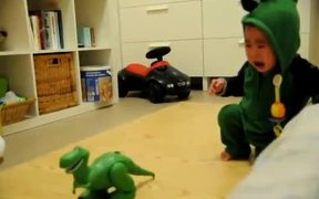 Baby Dino Fears Dinos
