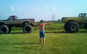Monster Truck Tug Of War