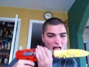 Eat Corn In 10 Seconds