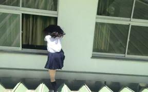 Japanese Schoolgirl Parkour