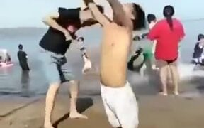 Dude Pulled Off Acting Like A Blow-Up Doll