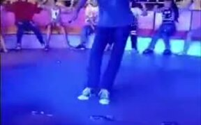 Guy Dances Around In The Carousel Like A Boss!
