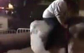 Woman Rides On A Twerking Mechanical Bull!