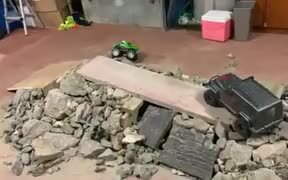 Tiny Remote Controlled Rock Climber