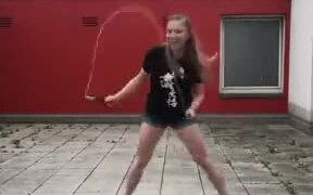 Mind-Blowing Rope Skipping Dance