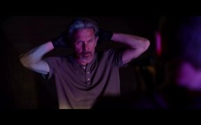 Darkness Falls Official Trailer