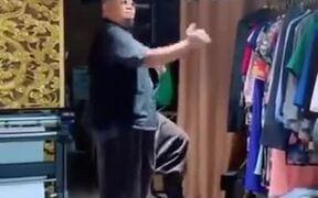 Modern Dance On Traditional Japanese Music