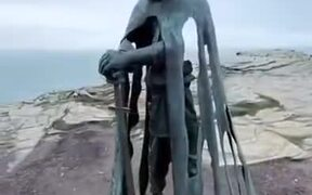 Creepiest Statue Ever?