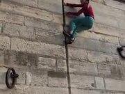 Inhuman Wall Climbing By A Girl