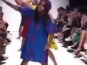 A Dancing Fashion Show
