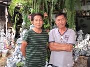 Reunrawin Home Garden at Sombat Buri Market