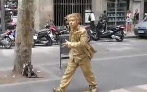 The Amazing Human Golden Statue