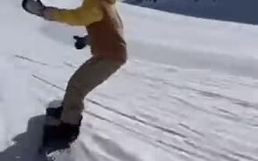 Snowboarding Genius Marques Kleveland