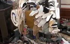 Thomas Bata Sculpture With Shoes