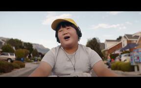 Barb & Star Go to Vista Del Mar Teaser Trailer