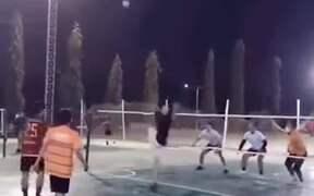 Asian Volleyball Is More Extreme Than You Thought!