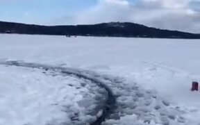 Unique Spinning Ice Circle