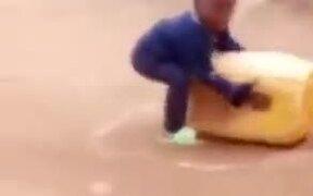Hilarious Fighting Between Children