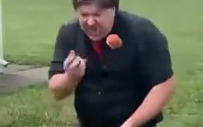 Eating Apples And Juggling