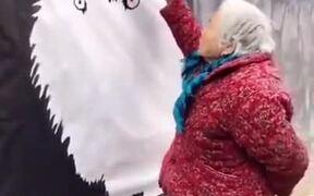 108-Year-Old Grandma Creates Some Amazing Art
