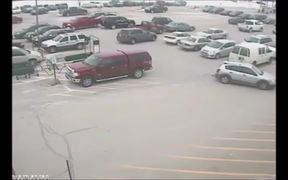Guy Crashes Into 10 Cars