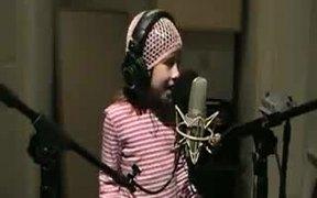 Cute Kid Sings