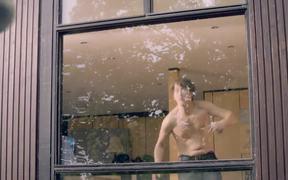 AXE Commercial: Hot Putt/High Street Hurdles