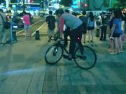 Fixed style   Trackstand in the city