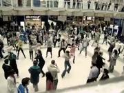T-Mobile Dance in London's Liverpool Station