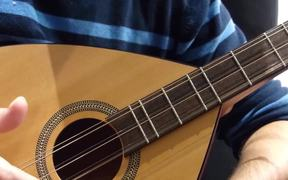 Video Tutorial For Play Guitar