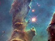 Pan over Pillars of Creation — visible