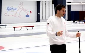 Curling Tutorial with Canada's Best