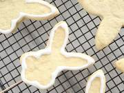 How to Decorate Bunny Cookies