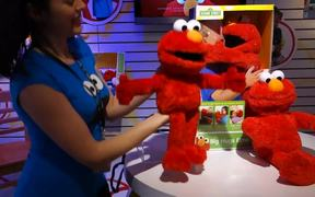 Big Hugs Elmo Hands-on at Toy Fair