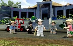 LEGO Jurassic World - Gameplay Reveal Trailer