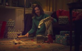 Oral-B Commercial: Merry Beeping Christmas