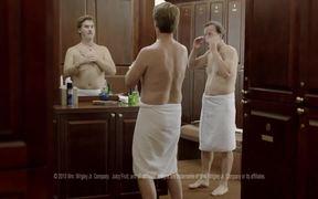 Juicy Fruit Commercial: Locker Room Guys
