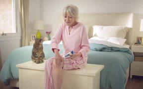 Voltaren Commercial: Cat