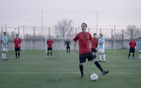 Libero Campaign: Football Dancing: Can Can