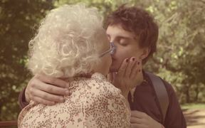 Mocinho Commercial: The Kiss