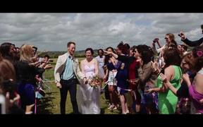 A Diy Barn Wedding In UK