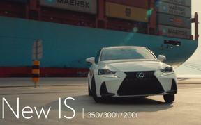 Lexus IS - Chase