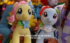 Build-A-Bear Holiday Commercial