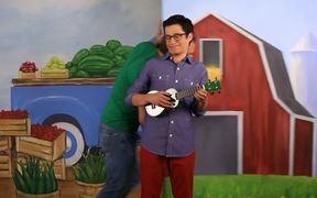f&easy Video: Fresh & Easy Neighborhood Market