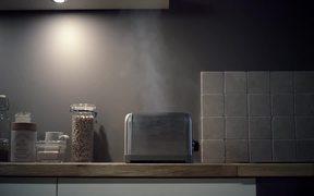 LG Video: Toaster