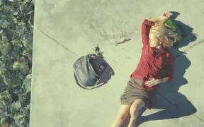 Vodafone Commercial: Lake