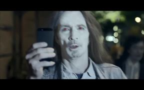 Nokia Video: Don't Flash. The Zombie Movie
