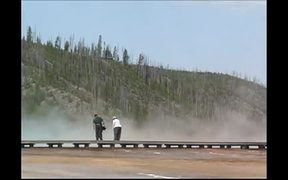 Yellowstone National Park: Midway Geyser Basin