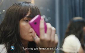 Vodafone Commercial: Fitting Room